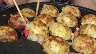 Wie man japanisches Essen Takoyaki macht. (NO2)