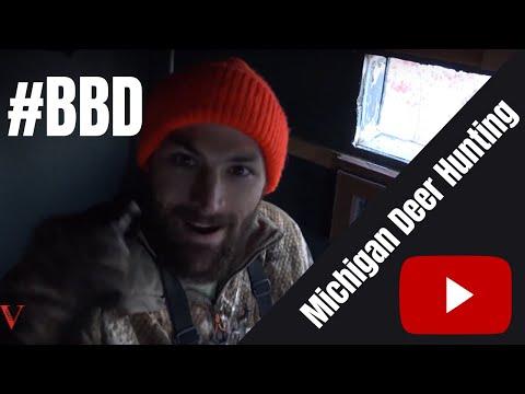 Rifle Hunt STUD! Michigan Deer Hunting
