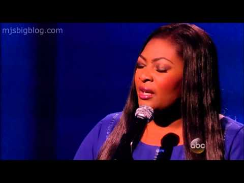 Candice Glover performs