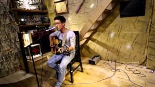 SBD THT112 Đinh Quang Hùng với bài hát dự thi Ba kể con nghe và Gốc khế nhà mình
