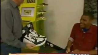 BigFoot : Man breaks record with size 26 shoe