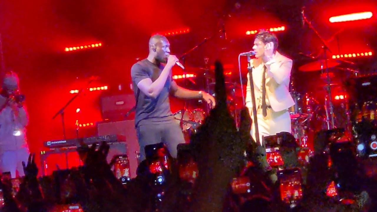 Harry Styles + STORMZY perform Vossi Bop in London