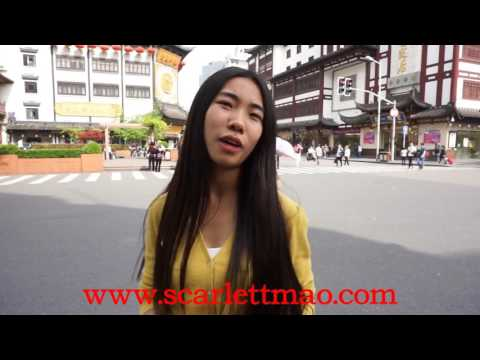 Authentic local life, Yu garden with  Private Tour Guide in Shanghai, China--Insider Scarlett