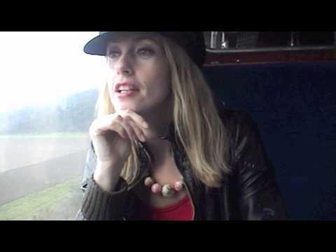 Lisa Redford - 'Reminders' EP Teaser
