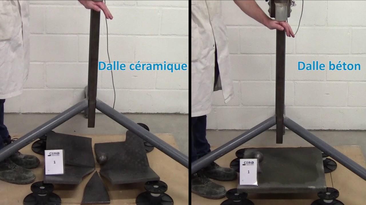 tests de r sistance au choc dalles b ton vs dalles c ramique youtube. Black Bedroom Furniture Sets. Home Design Ideas
