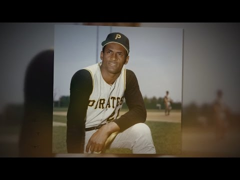 WWE and NBC Universo honor Roberto Clemente in celebration of Hispanic Heritage Month