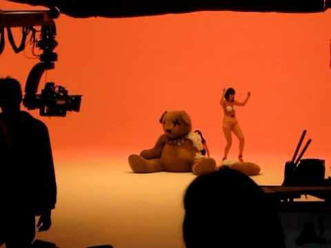 Jessie J behind price tag ft BoB