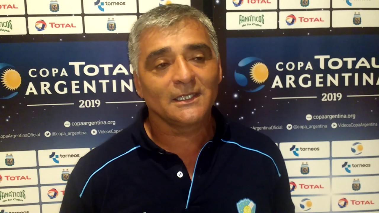 Adán Valdebenito - presidente y entrenador de Sol de Mayo - YouTube