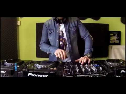 Dim Chord live dj set in the studio