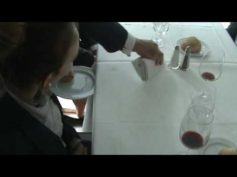 hqdefault - Arts de la table : Les plats à dessert