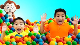 Alex and Eric Pretend Play Learn Colors with Colorful Slime & Ballpit Balls | Education Kids Videos