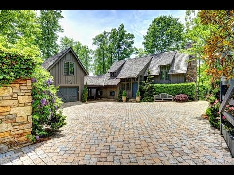 The Ultimate Entertainment Home in Hendersonville, North Carolina