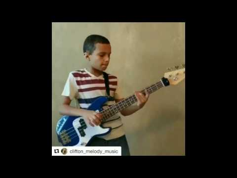Clifton: 9 y/o bass-player slapping like a master!