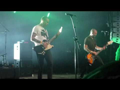 Halshug - Kvælende frygt (Live @ Roskilde Festival, July 2nd, 2016)