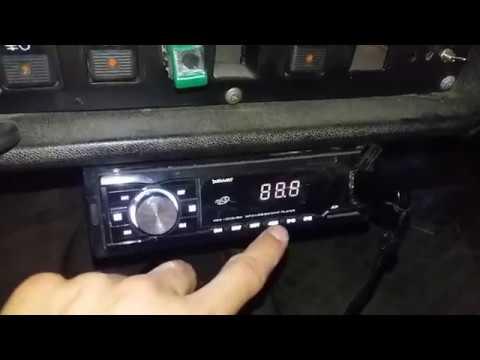 Обзор автомагнитола SWAT MEX1003UBW
