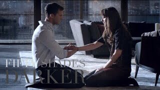 Fifty Shades Darker - Christian Knęels Before Ana and Let's Her Touch Him