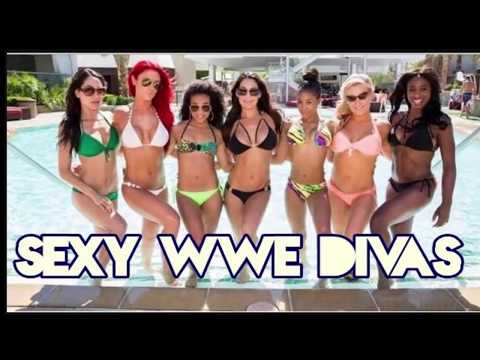 top 10 wwe hot divas thumbnail