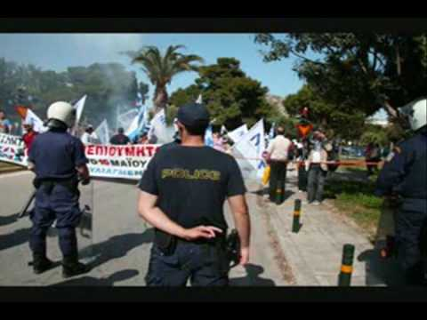 Greece Riot Cops Smoke Bombs-Bilderberg Protesters Turn Back-Dramatic Photos-Media Black out !!!