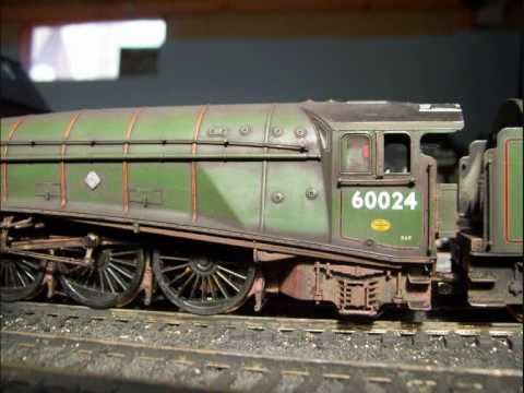 00 Gauge Model Railway Weathered Loco Shed Scenes 2 Youtube