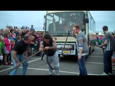 Guernsey Harbour Carnival July 2012 - Coach pull by James Senior (part 2)