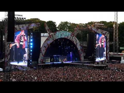 AC/DC Feat Axl Rose - Shoot To Thrill. (Aarhus, DK, 2016)