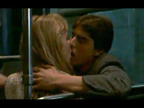 Tom Cruise And Rebecca De Mornay Hot Kiss Scene | Risky Business
