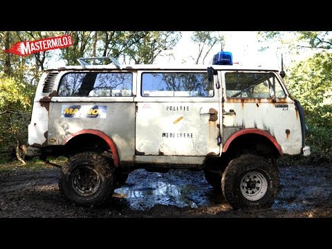 modded Volkswagen T2 4x4 mudding
