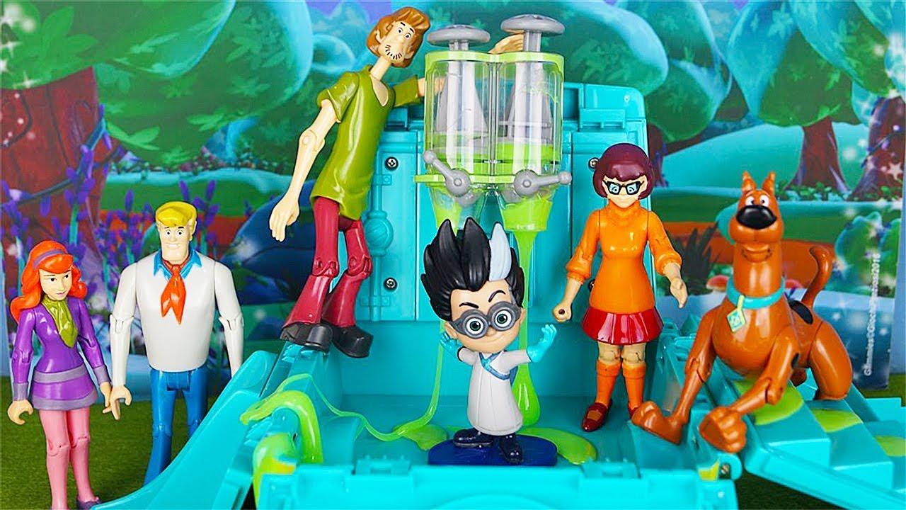 La Banda Di Scooby Doo Alla Ricerca Dei Pj Masks Super Pigiamini