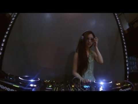 DJ FREEZE SHOUT OUT #Aruku The Walk #Foreplay Tuesday #Female DJ #Party