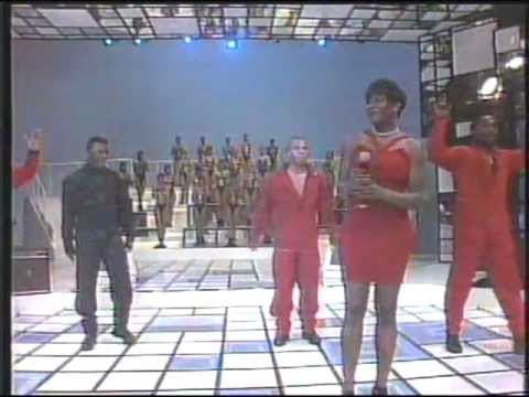 BG The Prince Of Rap @ Faustao (Live in Brazil 1994) The Colour Of My Dreams & Round And Round