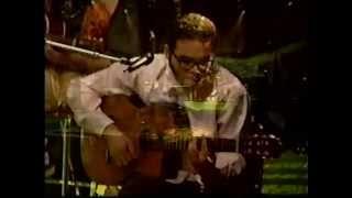 Café Tacvba en vivo tocando prefabricada una mañana y maria con Ricardo Rocha 1993