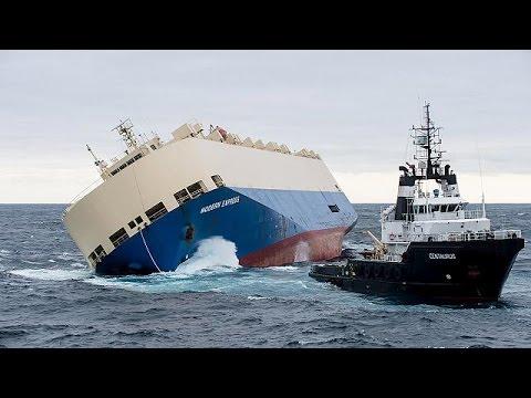 Naufragio Modern Express: relitto rischia di spaccarsi di fronte alle coste francesi