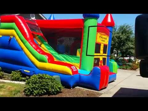 Thumbnail: Castle bounce house / jump house / moonwalk rent in Portland OR