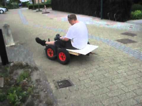 Dodo Op Zelf Bouw Elektrische Kar Trekkertje Test Rit