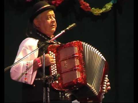 Heligonka, Na lůčce květnatej a Boženka, Josef Melicherík v Rožnově p  R  2009