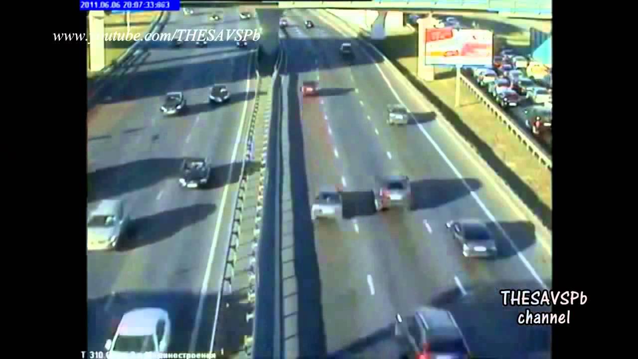 Tai nạn giao thông kinh hoàng xe phân khối lớn