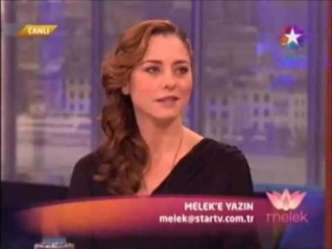 19 Ocak 2012'de Ece Uslu, Melek Baykal'ın konuğuydu 480p