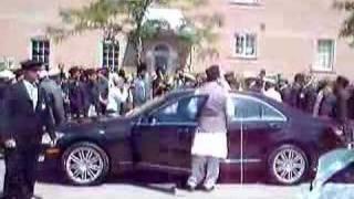 Hazur's Arrival at Baitul Islam Mosque Toronto 2008 4