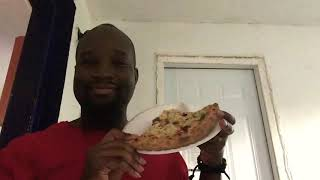 Eating Papa John's vegetable pizza review