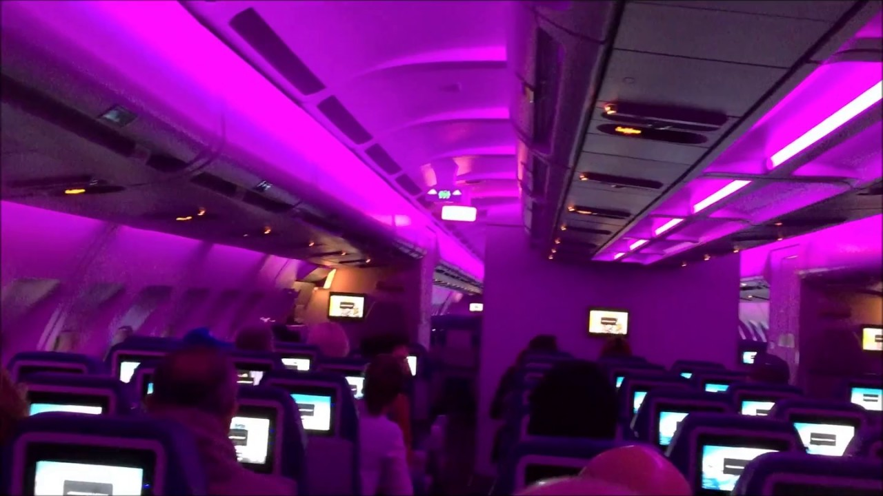 Inside View Of A Air Transat A 3301 Airplane Youtube