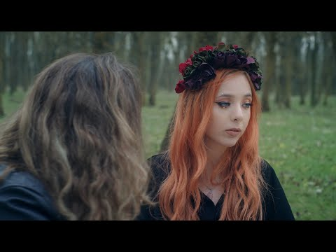 Смотреть клип Olivia Addams - Stranger