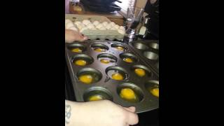 Cooking eggs in the oven