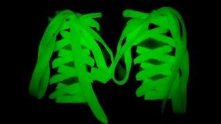 видео Самодельные шнурки или как самим сделать шнурок. Плетение шнуров из ниток различными способами.