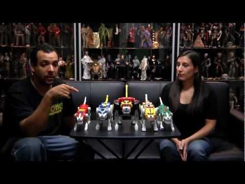 Mattel Matty Collector Voltron vs Trendmasters  Voltron - Hot Chix Cool Toy Review (Ep 65)