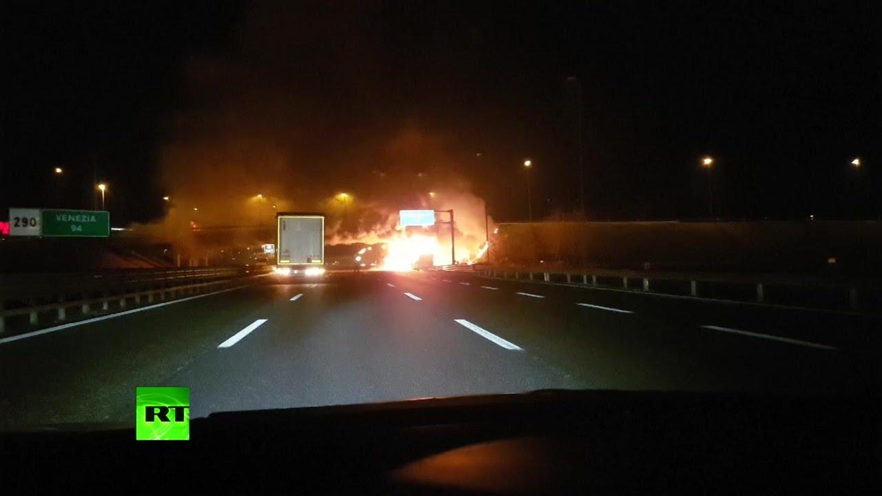 В Италии разбился автобус со школьниками