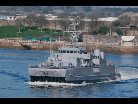 ROYAL NORWEGIAN NAVY HNoMS HINNOY M343 LEAVES DEVONPORT AT DEVIL