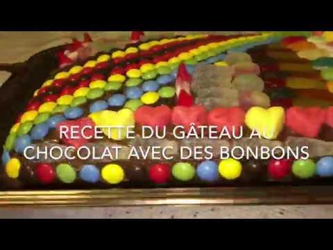 recette-du-gÂteau-au-chocolat-avec-des-bonbons