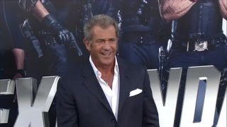 Mel Gibson Presenting at The Golden Globes is Causing Social Media Outrage