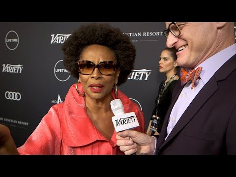 "Jenifer Lewis says ""Kanye West & Donald Trump are mentality ill"""