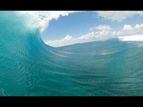 Alex Gray and his $20,000 GoPro wave at Cloudbreak